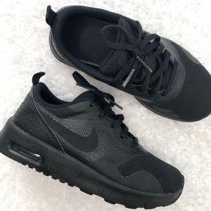 Nike Kids Boy's Air Max Tavas Running Shoes